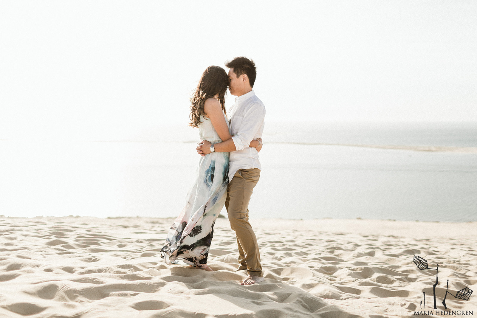 desert dune prewedding session