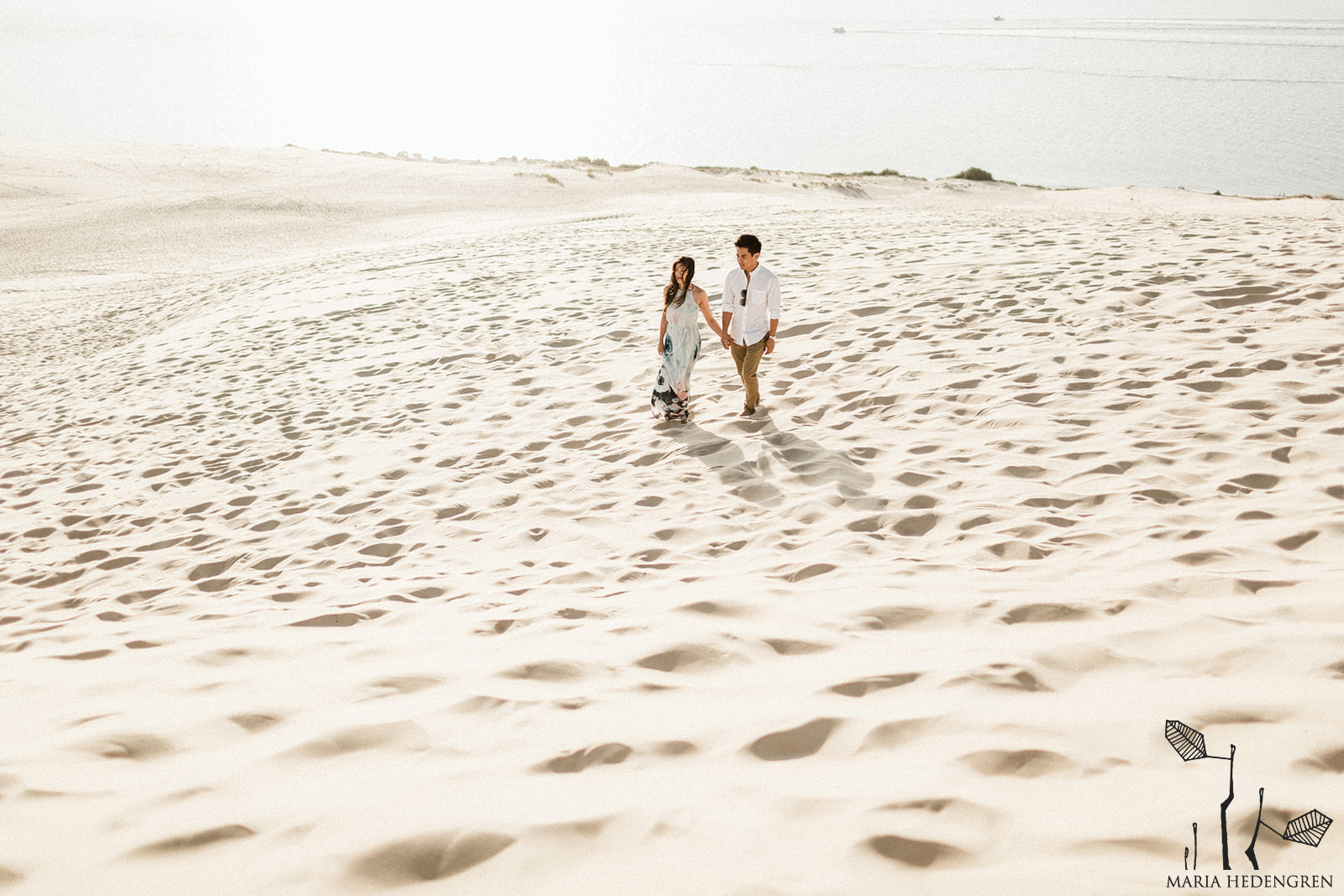 desert dune prewedding photos