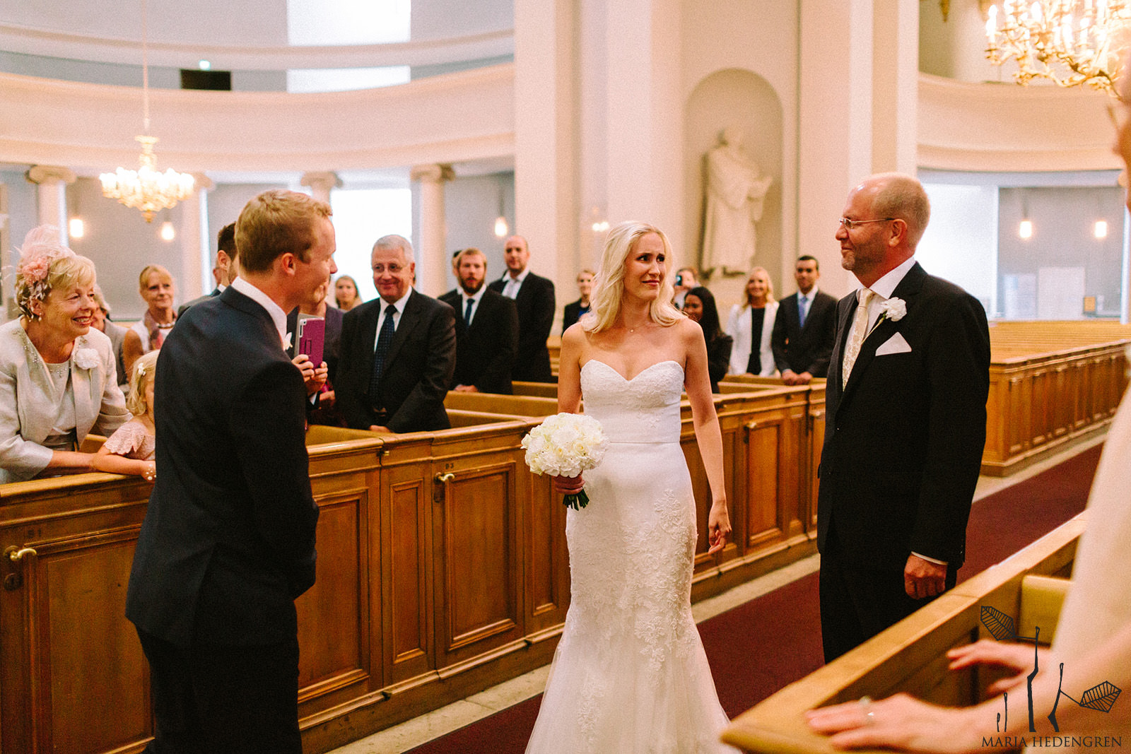 wedding in Helsinki cathedral