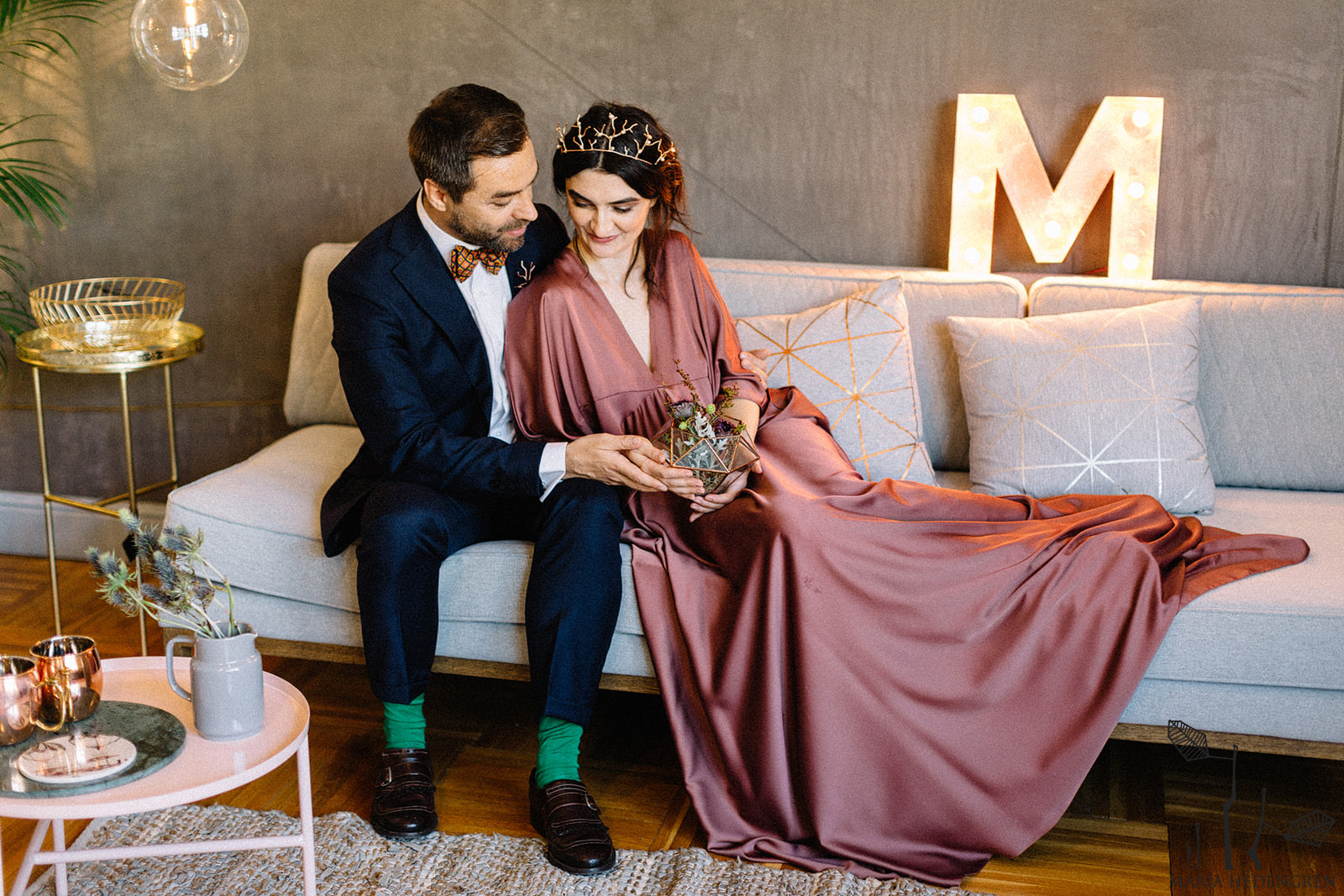livingroom wedding