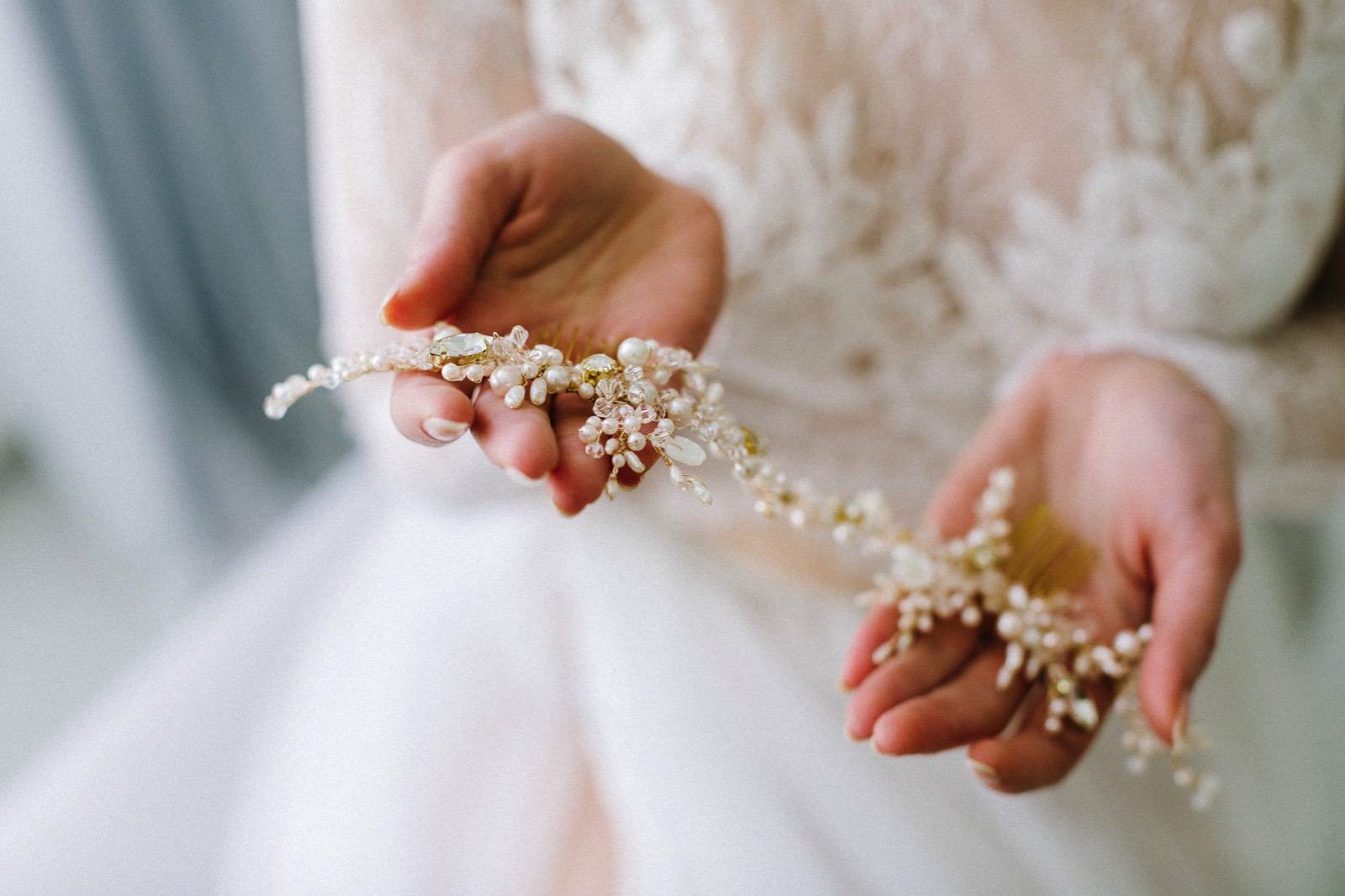 bridal hair adorments