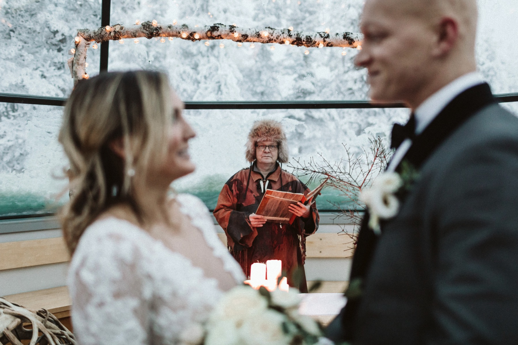 Kakslauttanen glass tepee wedding