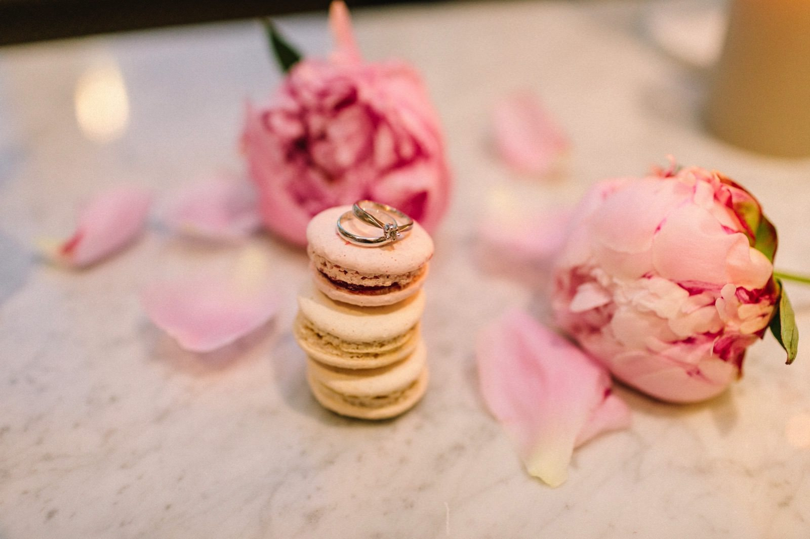 macarons at wedding