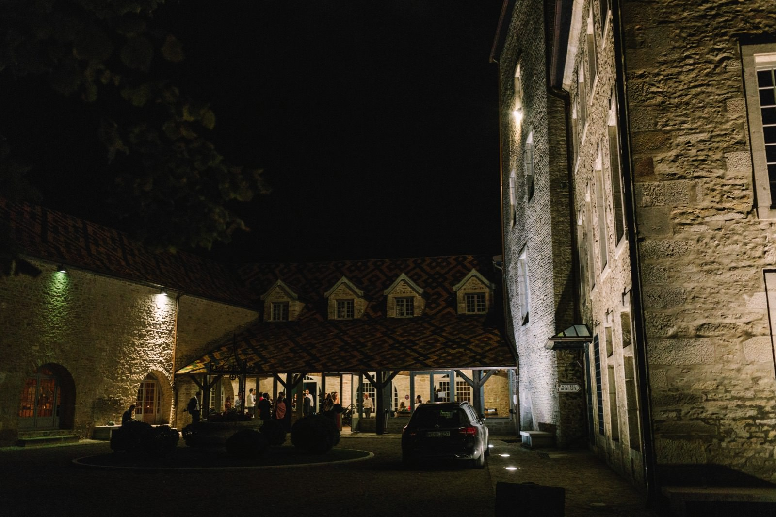 Santenay castle destination wedding