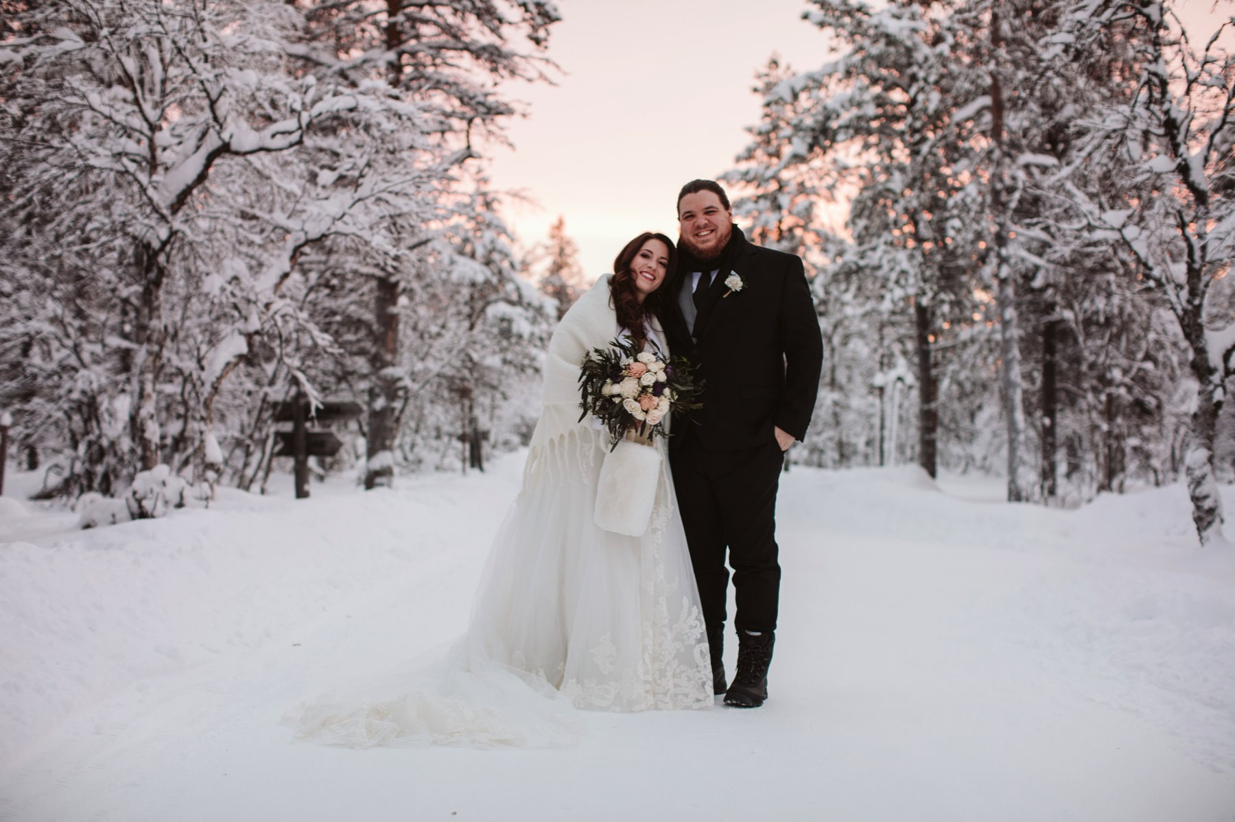 planning wedding in Lapland