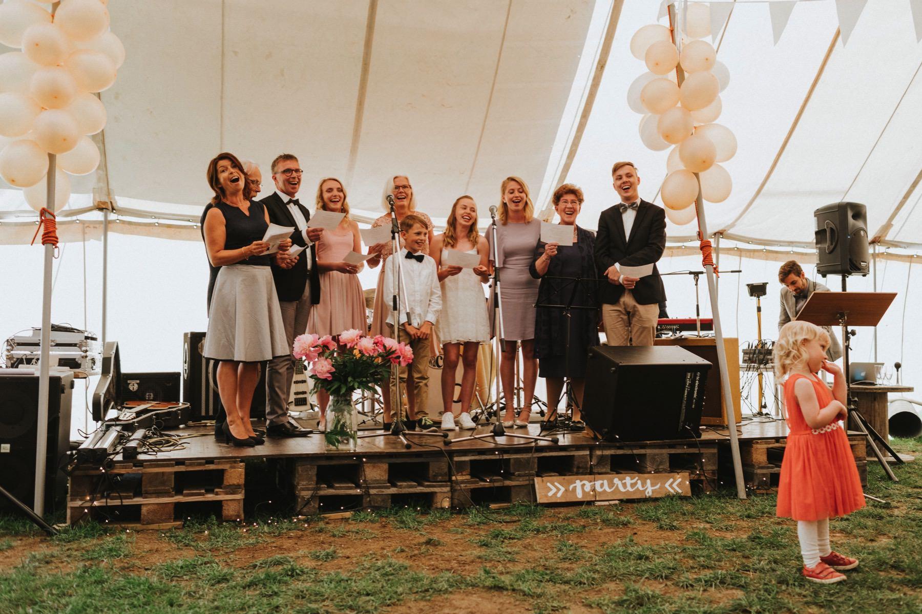 Pohjanmaa Hääjuhla teltassa