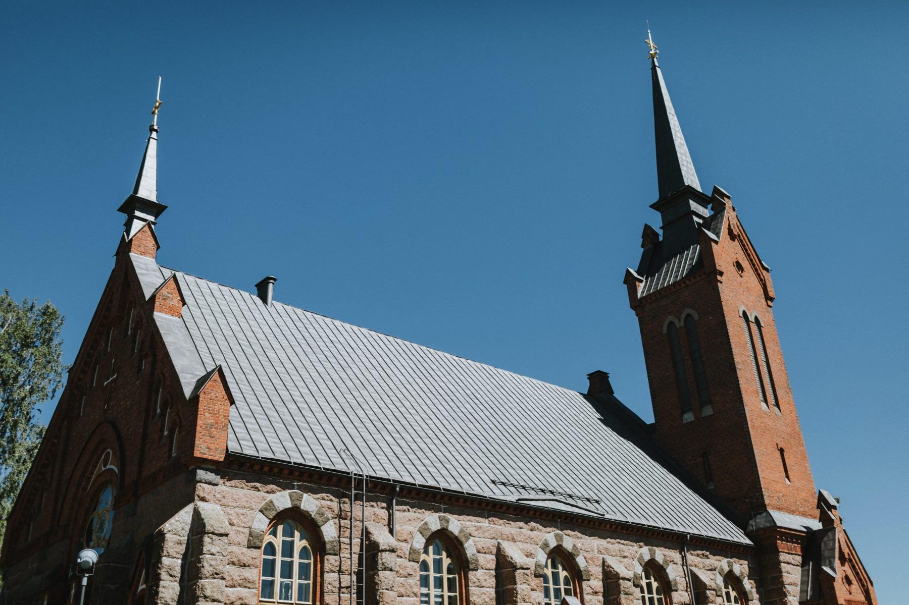 vihkiminen Euran kirkko