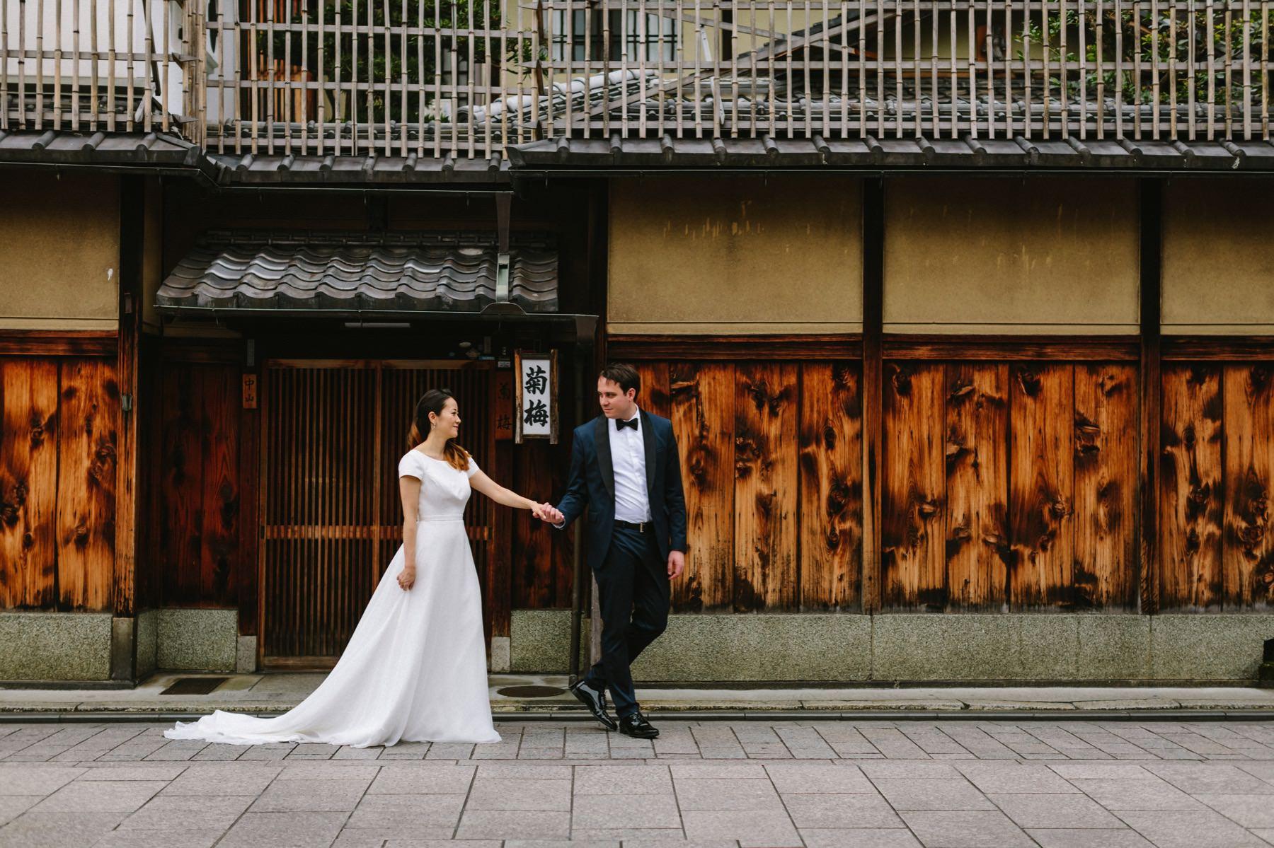 pre wedding session Gion Kyoto Japan