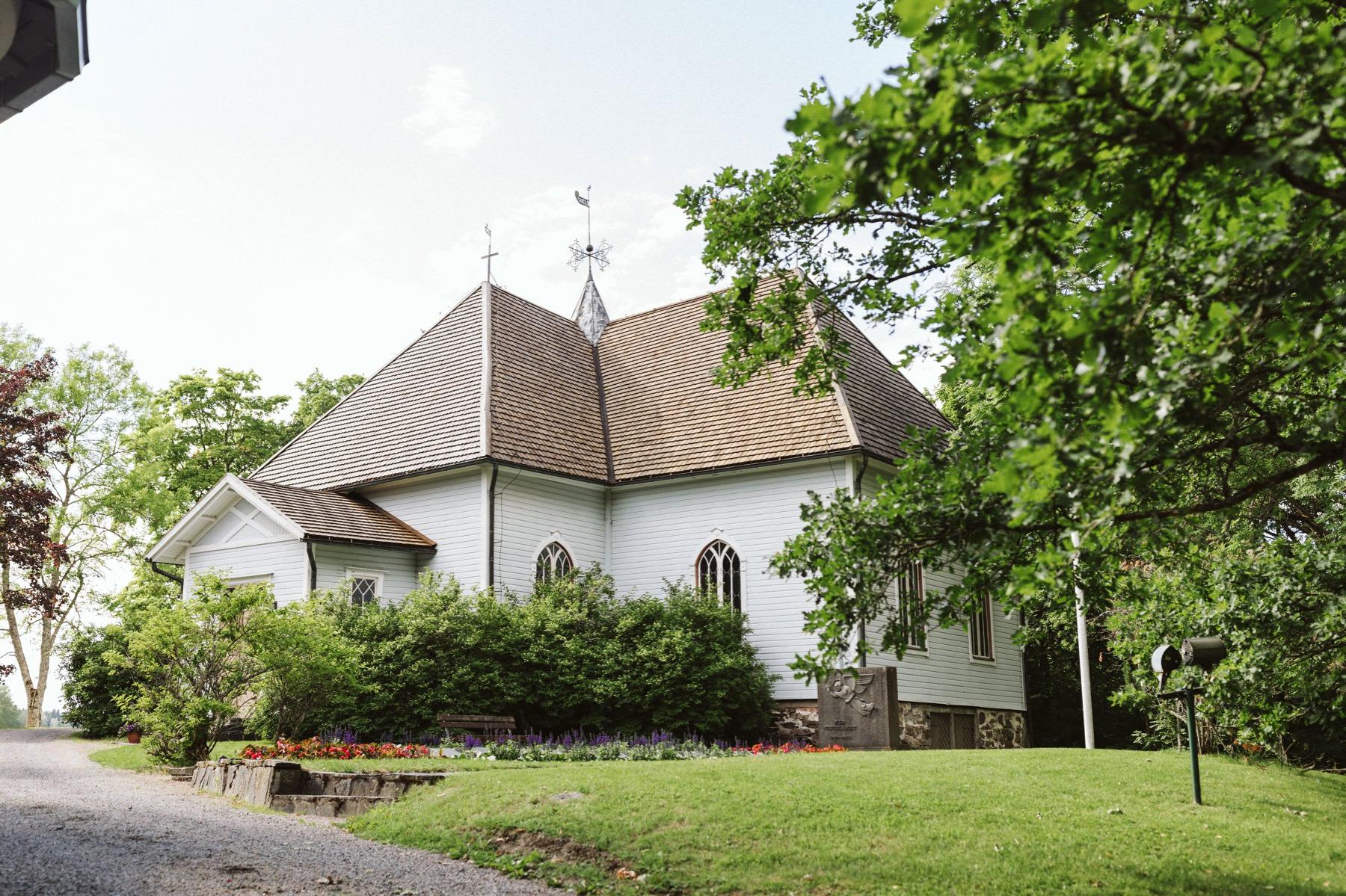 Mustion Linnan kirkko
