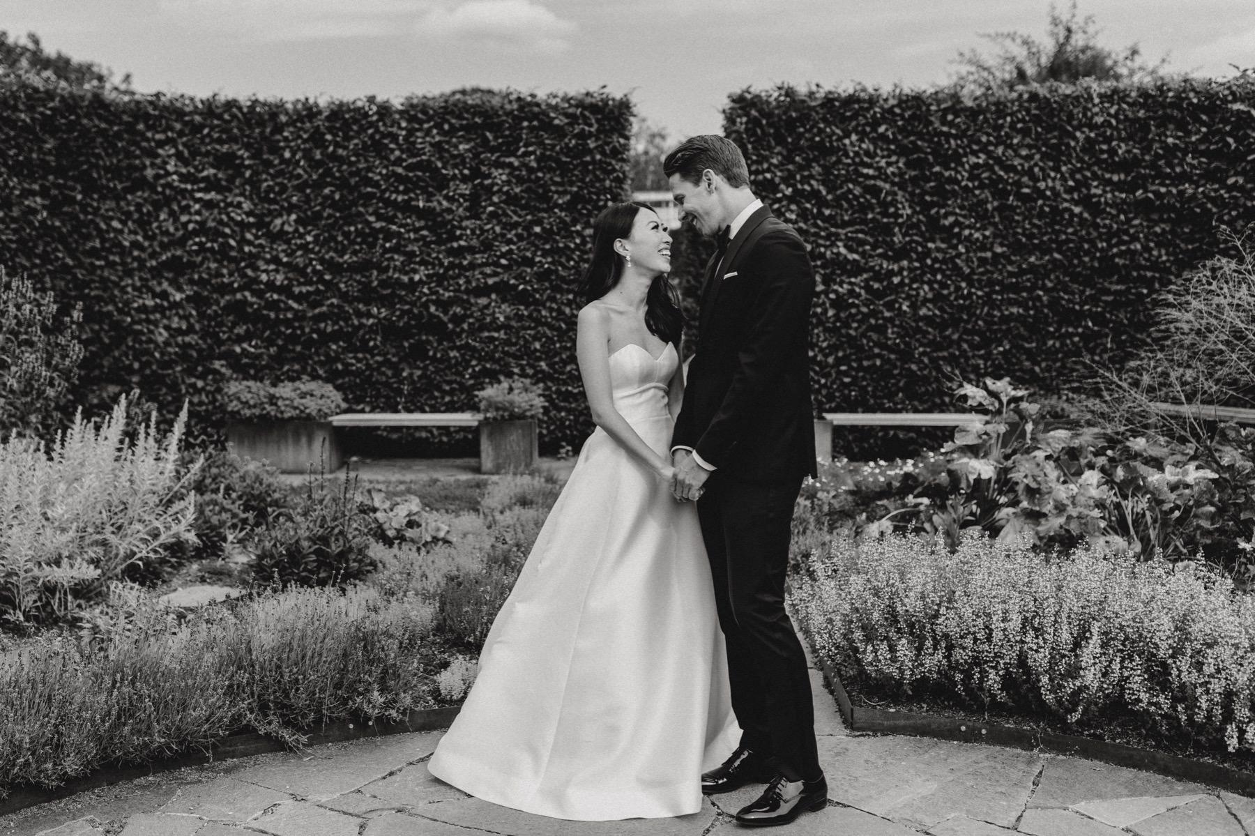 garden wedding in Sweden