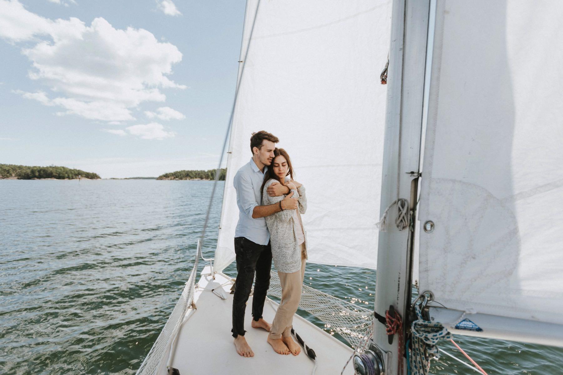 sailing engagement session