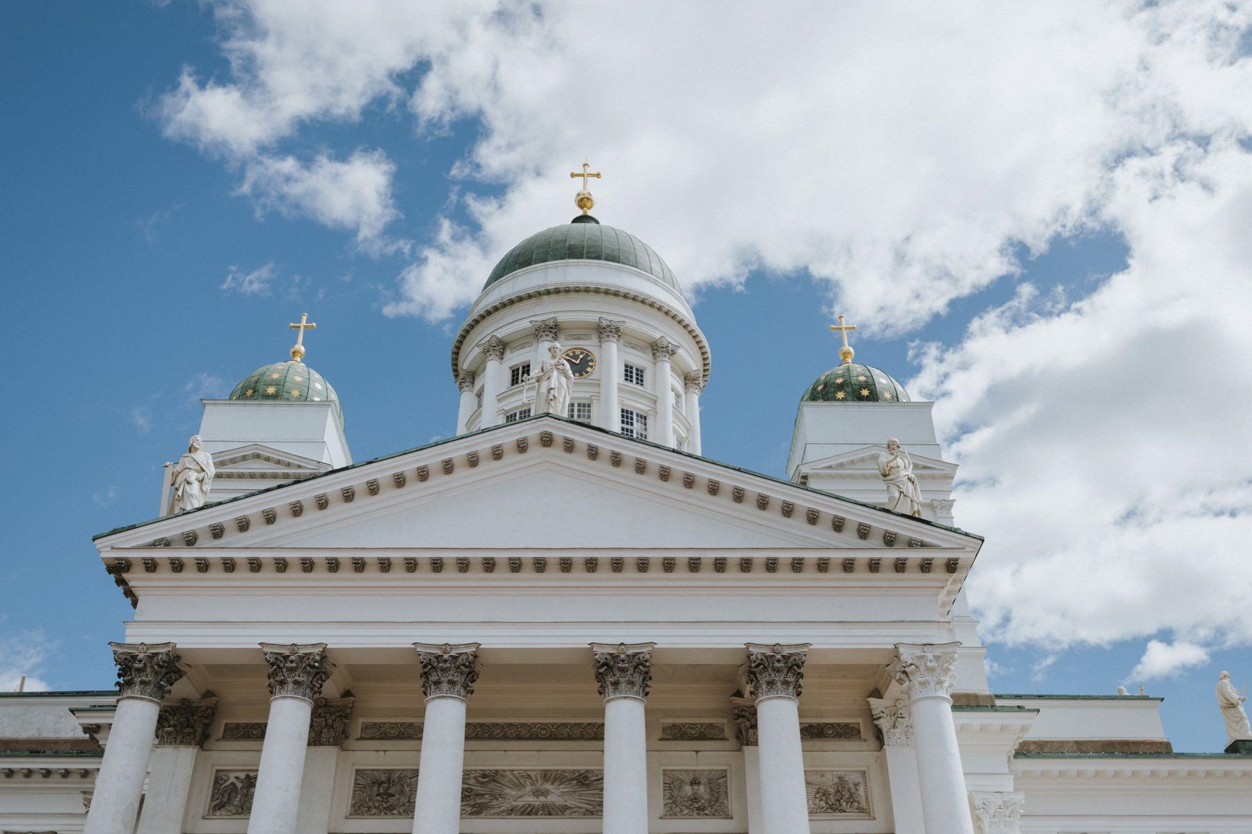 Hääkirkkona Helsingin tuomiokirkko
