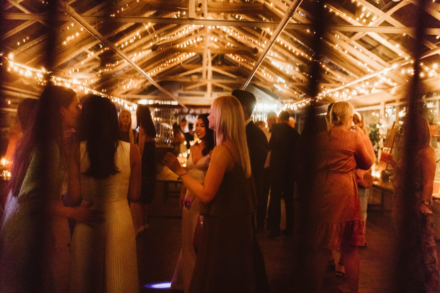 dance at wedding