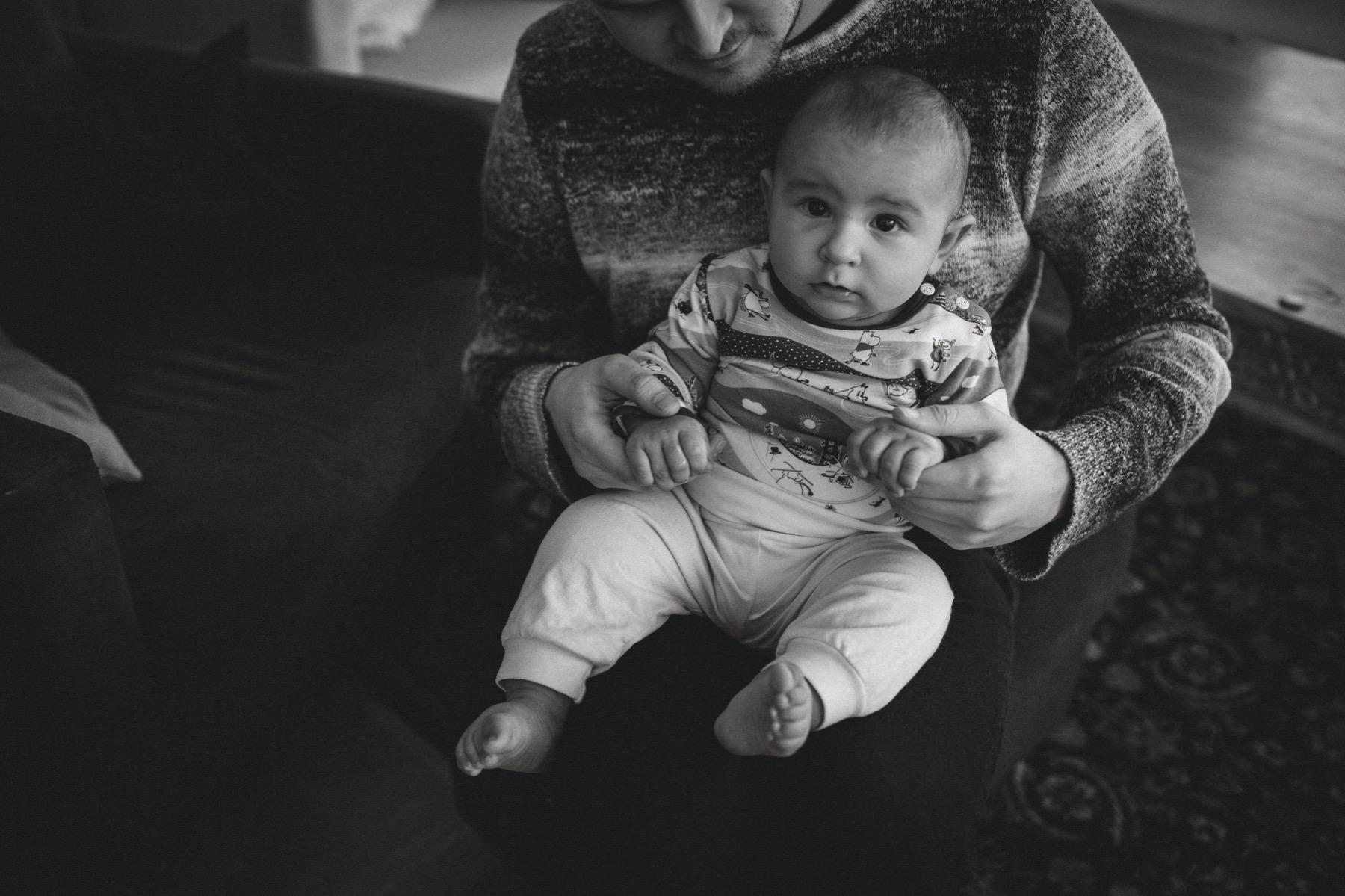 hyvä vauvakuvaaja